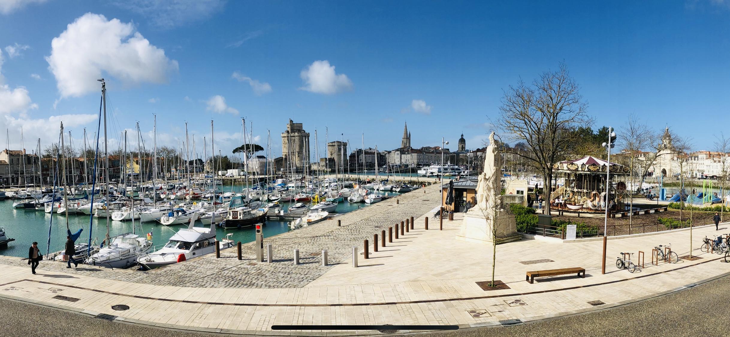 Bureau de Clés Saisonnières sur le vieux port de La Rochelle